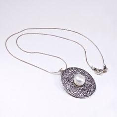 b64b0140f0 Izraeli ezüst gyöngy medál lánccal - Ékszer ABC