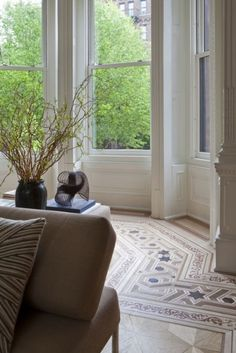 Clinton Hill, Brooklyn brownstone renovation. Front parlor detail. Neuhaus Design Architecture, P.C. and JP Warren Interiors.