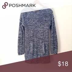 Long kangaroo-pocket sweater EUC Cozy✔️covers bum✔️kangaroo pocket ✔️ Daisy Fuentes Sweaters Crew & Scoop Necks