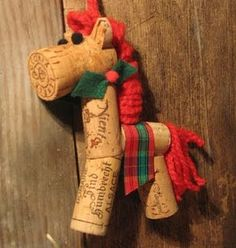 Neat idea for a christmas decoration made from wine corks