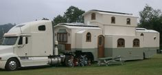 Now that is a camper on steroids yes? Now that is a camper on steroids yes? Camper Trailers, Camper Van, Travel Trailers, Horse Trailers, Truck Camper, Livestock Trailers, Rv Travel, Casas Trailer, Semi Trailer