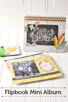 Flip Book Mini Album. A great way to display family photos, would make a great Valentine's Day Gift!