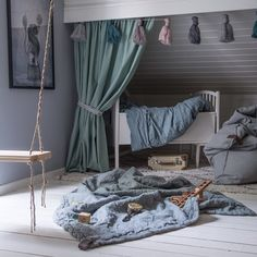 Nursery Trends for 2018 You Dont Want to Miss Nursery Trends for 2018 You Dont Want to Miss mybabydoo The post Nursery Trends for 2018 You Dont Want to Miss appeared first on Sovrum Diy. Bedroom Loft, Dream Bedroom, Kids Bedroom, Attic Bedroom Ideas Angled Ceilings, Sister Room, Chic Nursery, Toddler Rooms, New Beds, Kids Corner