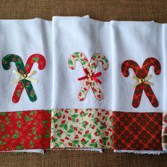 Xmas Crafts, Diy Christmas Ornaments, Fun Crafts, Dish Towels, Tea Towels, Applique Towels, Christmas Kitchen Towels, Felted Wool Crafts, Christmas Sewing