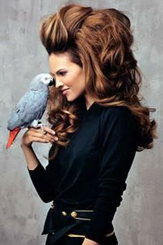 beautiful colour + the hair! Fashion photography...