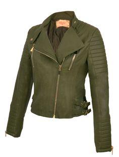 Dit mooie groene biker jasje van Imitatie leer is een Must have voor in je kledingkast! Ondanks de Scherpe prijs doet deze groene, nep leren, biker jack voor dames nauwelijks onder van echt leer.