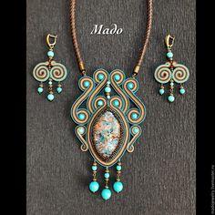 Crystal Jewelry, Boho Jewelry, Beaded Jewelry, Jewelery, Jewelry Necklaces, Soutache Pendant, Soutache Necklace, Diy Bracelets Easy, Polymer Clay Pendant