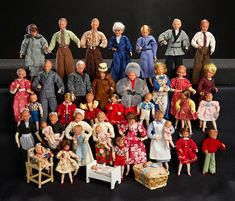 Grand Collection of German Dollhouse Dolls in Mode by Caco Dollhouse Family, Dollhouse Dolls, Miniature Dolls, Antique Dolls, Vintage Dolls, Dolls House Figures, Baby Costumes, Hello Dolly, Little Babies