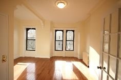 Look at all that light. And 2 bedrooms! Park Slope, Brooklyn. [$2500/month on Corcoran]
