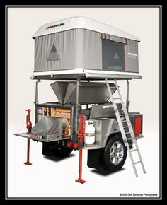Dört ayak üzerinde yükseltilmiş çadır kurulumu güzel fikir. ATA