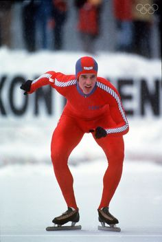 1980:  SPEED SKATER ERIC HEIDEN PREPARES FOR THE START OF A RACE AT THE 1980 WINTER OLYMPIC GAMES IN LAKE PLACID, NY. Mandatory Credit: Tony Duffy/ALLSPORT