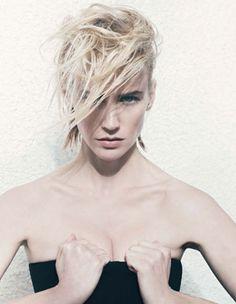 January Jones' Beauty Routine Doesn't Involve Facials-Wmag