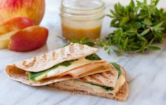 turkey wrap with apples and brie