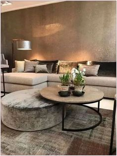 60 cozy small living room decor ideas for your apartment 11 « Home Decoration Home Living Room, Apartment Living, Interior Design Living Room, Living Room Designs, Table For Living Room, Living Room Decor Elegant, Living Room Cushions, Living Area, Coffee Table Design