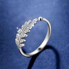 Inel modern, simplu, cu design deschis in forma de floare, un inel de dama cu personalitate, o bijuterie cu motiv floral potrivita pentru nunta, casatorie