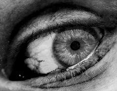 "Check out new work on my @Behance portfolio: ""Creepy eye"" http://be.net/gallery/32901517/Creepy-eye"