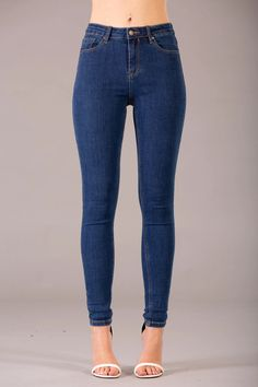 Olivia Classic Blue High Waist jeans – Lusty Chic Light Blue Skinny Jeans, Skinny Fit Jeans, High Jeans, High Waist Jeans, Denim Fabric, Jeans Style, Chic Outfits, Denim Jeans, Classic