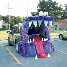 Trunk or Treat Monster Décor Idea Halloween Class Party, Holidays Halloween, Halloween Kids, Halloween Treats, Halloween 2017, Halloween Stuff, Halloween Costumes, Couple Halloween, Halloween Car Decorations