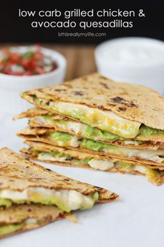 Low-Carb Grilled Chicken Pepper Jack and Avocado Quesadillas. These quesadillas feature Flatout ProteinUP red pepper & hummus low-carb wraps for a healthier quesadilla. #getdownwithproteinup #lowcarb #FitFluential | via isthisreallymylife.com