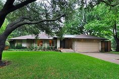 6004 Northwood Road is one of Dave Perry-Miller Real Estate's homes for sale in Preston Hollow. At the time of this pinning, Stephen Collins was offering the property for $685,000.