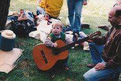 👶🏼👨🏻🎸 #blond #child #father #guitar #photography #son