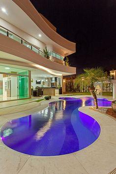 Casa Malibu: Casas modernas por Arquiteto Aquiles Nícolas Kílaris