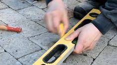 Pihakivien asennus ei ole vaikeaa, mutta huolellisuus kannattaa.  #pihakiveys #rakentajat2020 #rakentajat2021 #teeseitse