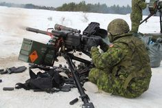 Canadian Soldiers, Canadian Army, Military Gear, Military Personnel, Force Pictures, Army Gears, Military Special Forces, Remembrance Day, Action Poses