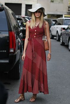 can somebody tell me where I can get this dress??