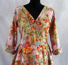 Robes longues, Robe longue beige à fleurs croisée en coton imprim est une création orginale de akkacollection sur DaWanda
