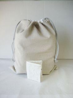 Strikkepose i lin med nålebrev Poses, Bags, Figure Poses, Handbags, Totes, Lv Bags, Hand Bags, Bag, Pocket