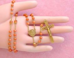 ANTIQUE CORAL BEAD 18K CRUCIFIX SACRED HEART JESUS HAND ROSARY 1930 ARGENTINA  #Handmade