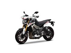 Yamaha Street Rally - One time as passenger in 2016 and one time as driver in February 2017 Motos Yamaha, Yamaha Fz, Yamaha Motorcycles, Yamaha Sport, Sport Bikes, Rossi Yamaha, Yamaha Mt 09, Street Performance, My Ride