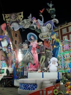 #fallas #valencia Local Festivals, Valencia, Fair Grounds, Traditional, Disney, Disney Art
