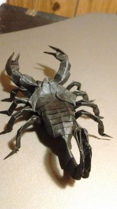 Kota Imai's Scorpion by Nick LaFleur Kids Origami, Origami And Kirigami, Origami Folding, Paper Crafts Origami, Origami Animals, Paper Crafts For Kids, Paper Folding, Origami Paper, Hobbies And Crafts