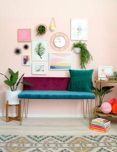 DIY Color Blocked Velvet Bench - A Beautiful Mess - Diy Furniture Ideas Diy Interior, Decor Interior Design, Interior Decorating, Decorating Tips, Diy Home Furniture, Diy Home Decor, Furniture Design, Furniture Websites, Inexpensive Furniture