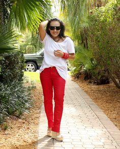 Red Zara jeans with zipper pockets:http://styleidnet.blogspot.com/