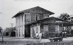 Photo of the Mayaguez Playa railroad depot of the Compañíá de los Ferrocarriles de Puerto Rico sometime between 1892 and the first decade of the 20th century.