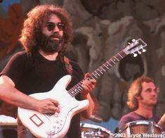 Jerry w/ his Travis Bean - best sounding axe he had.
