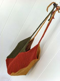 Windmill Bag - easy and fast to knit - follow link to free pattern