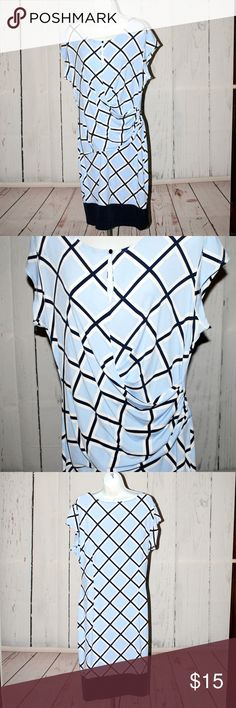 NEw York & Company Dress size XL Cap Sleeve Lilly Pulitzer patchwork shirt dress size 10  Gathered cross over front to help hide the mid section woes!! Great dress very comfortable smoke free home New York & Company Dresses Midi