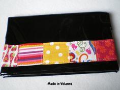 Portechéquier noir patchwork couleurs chaudes par MadeinVelanne, €14,00