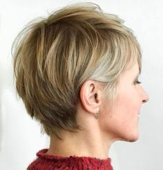 70 Overwhelming Ideas for Short Choppy Haircuts - - Bronde Feathery Pixie For Fine Hair Haircuts For Straight Fine Hair, Short Choppy Haircuts, Haircuts For Fine Hair, Cute Hairstyles For Short Hair, Choppy Hairstyles, Female Hairstyles, Ladies Hairstyles, Fashion Hairstyles, Straight Hair
