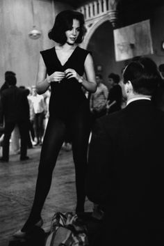 Natalie Wood at a dance rehearsal for 'West Side Story', 1960. [500x749]