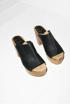 Open Toe Platform Clog