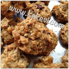 the Sugar-free oatmeal cookies. Mini Hot Dogs, Sugar Free Oatmeal, Gluten Free Scones, Vegan Scones, Dried Cherries, Gluten Free Breakfasts, Dark Chocolate Chips, Oatmeal Cookies, Chip Cookies