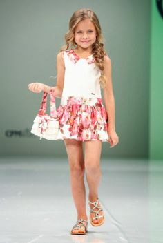 For my Easter collection Cute Little Girl Dresses, Beautiful Little Girls, Little Girl Outfits, Little Girl Fashion, Cute Little Girls, Beautiful Children, Cute Dresses, Girls Dresses, Tween Fashion