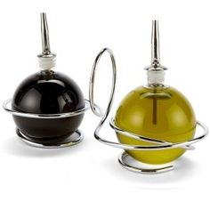 Black and Blum Oil & Vinegar Loop Cruet set