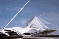 The Milwaukee Art Museum by Santiago Calatrava