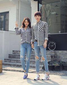 패션에 있는 jeonghyuck seo님의 핀 - 2019 парные наряды, пара 및 одежда.